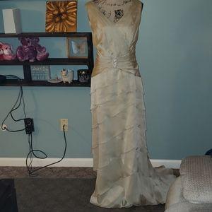 New Jade By Jasmine M.O.T.B. Formal Wedding Dress